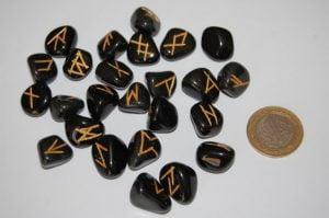 rune taş falı
